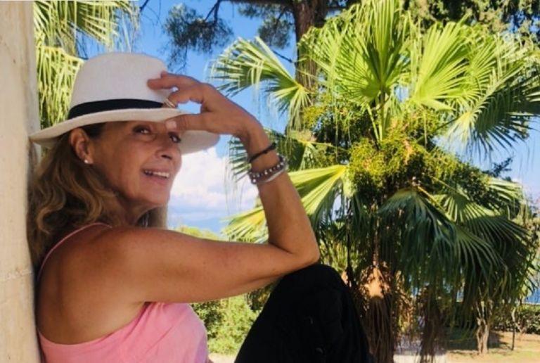 Πέγκυ Σταθακοπούλου: Ποζάρει με μπικίνι στα 61 της χρόνια και οι followers ενθουσιάζονται   to10.gr
