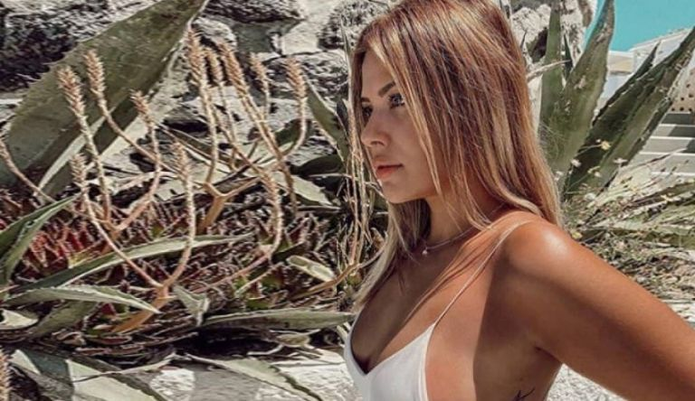 Σούπερ αλλαγή από τη Λάουρα Νάργες – Καυτό κορμί   to10.gr
