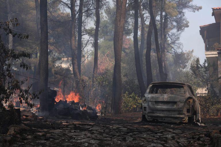 Χαρδαλιάς για φωτιά σε Σταμάτα και Ροδόπολη: Παραμένουν πολλές διάσπαρτες εστίες – Τέσσερις προσαγωγές   to10.gr
