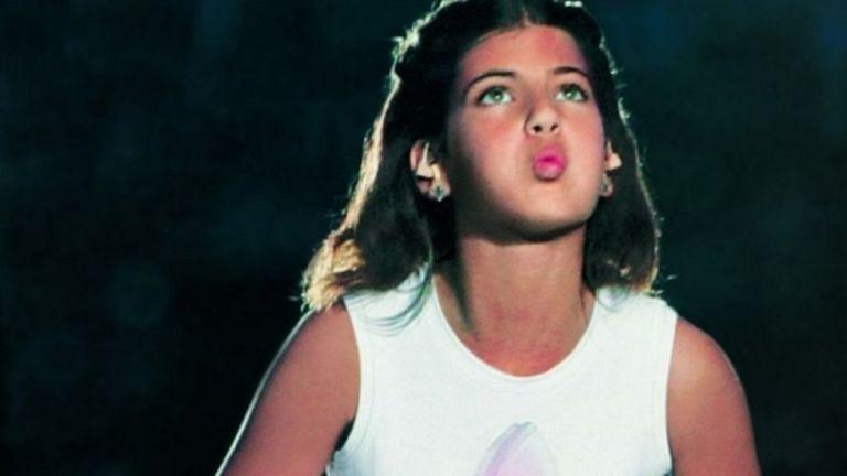 Δείτε πώς είναι σήμερα το κοριτσάκι που έσβησε την Φλόγα το 2004 | to10.gr