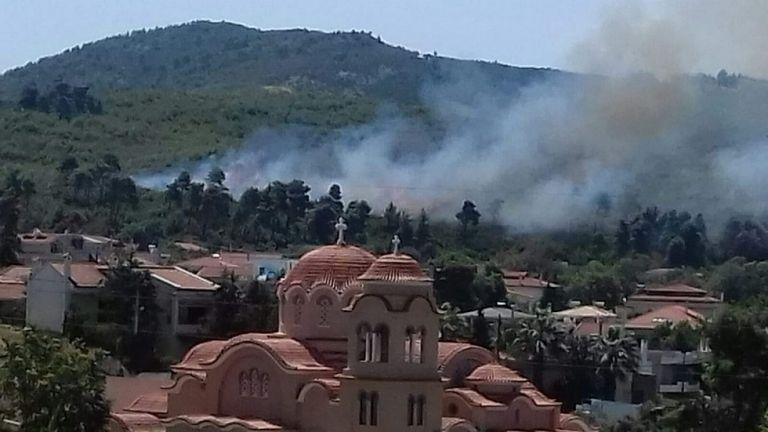 Μήνυμα από το 112 για την φωτιά στη Σταμάτα – «Ανεξέλεγκτη η κατάσταση» | to10.gr