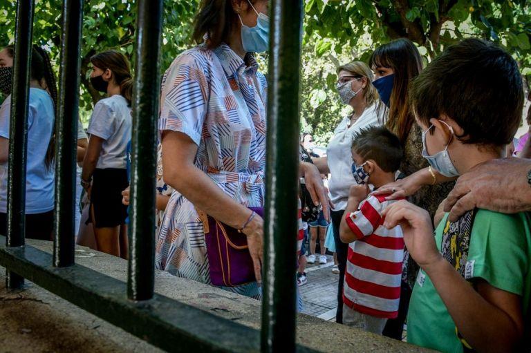 «Καμπανάκι» Παπαευαγγέλου – Εκρηκτικός συνδυασμός ανεμβολίαστα παιδιά και ανεμβολίαστοι εκπαιδευτικοί   to10.gr