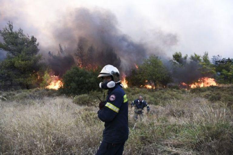 Φωτιά στη Βαρυμπόμπη – Έντονες αναζωπυρώσεις στις Αδάμες – Νέος συναγερμός στην Πυροσβεστική   to10.gr