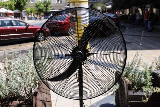 Στη δίνη ακραίου καύσωνα η χώρα – Ανεβαίνει κι άλλο ο υδράργυρος με θερμοκρασίες μέχρι και 47 βαθμούς | to10.gr