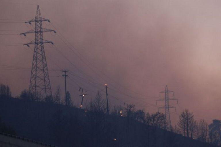Μεγάλες φωτιές σε Ρόδο και Αιτωλοακαρνανία – Χωρίς ηλεκτρικό ρεύμα μεγάλος μέρος του νησιού – Εκκενώθηκαν οικισμοί   to10.gr