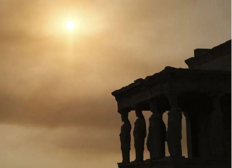 Φωτιά στη Βαρυμπόμπη – «Πνίγεται» στους καπνούς η Αττική – Από τις Αχαρνές μέχρι το Φάληρο | to10.gr