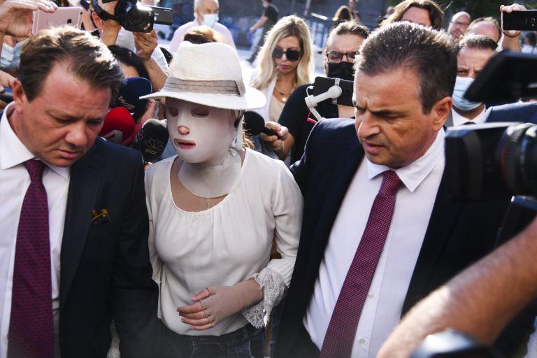 Επίθεση με βιτριόλι – Ποια είναι τα τρία πρόσωπα που τηλεφώνησε η 36χρονη μετά την επίθεση στην Ιωάννα | to10.gr
