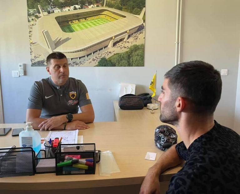 ΑΕΚ – Η πρώτη συνάντηση του Μιλόγεβιτς με τον Μοχαμάντι (pic) | to10.gr