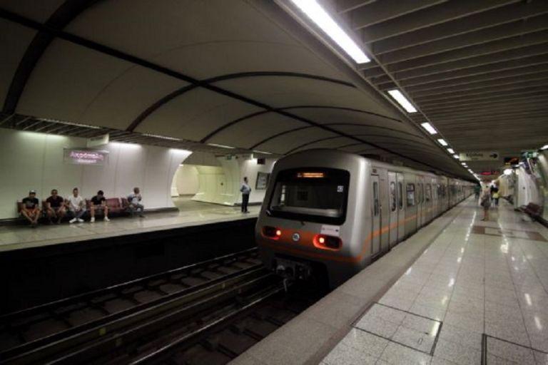 Απροσπέλαστο το κέντρο της Αθήνας – Πώς κινούνται τα ΜΜΜ   to10.gr