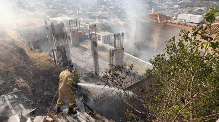 Έκρηξη σε σπίτι στα Καλύβια – Επτά οι τραυματίες – Ανάμεσά τους και παιδιά   to10.gr