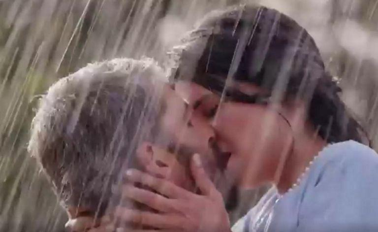 The Bachelor – Έτσι σχολίασε ο Βασιλάκος το καυτό φιλί της Γιώτας και του Αλέξη   to10.gr