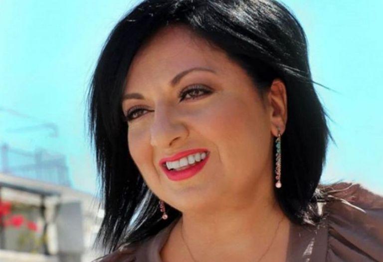 Σάλος με τη Μουτίδου – Την κατηγορούν για ομοφοβία   to10.gr