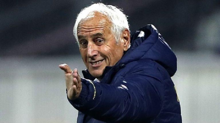 Το Κόσοβο απέλυσε τον Σαλάντ, με νέο προπονητή κόντρα στην Ελλάδα | to10.gr
